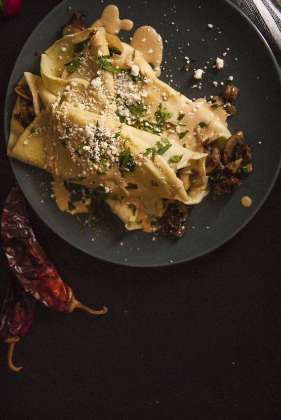 spicy-mushroom-spinach-walnut-stuffed-crepes