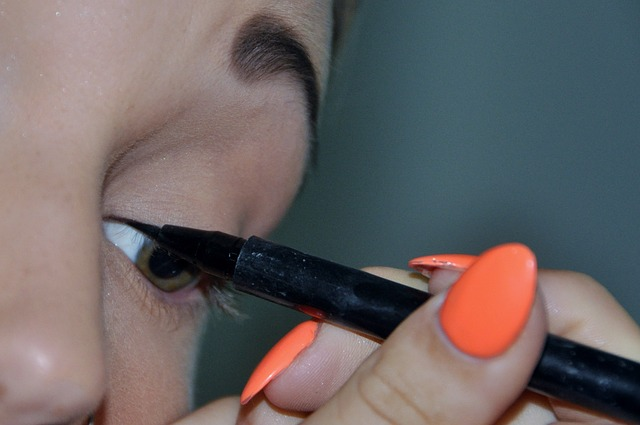 video-mauve-party-look-makeup-tutorial