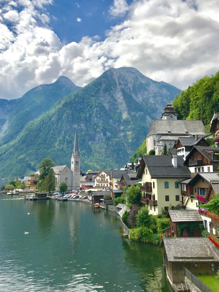 hallstatt-prettiest-lakeside-village-world