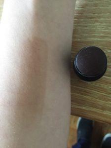 Beauty Edit box contour on arm