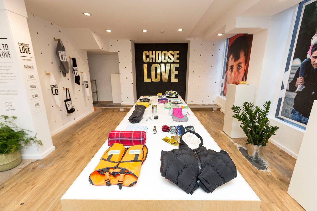 choose-love-christmas-help-refugees