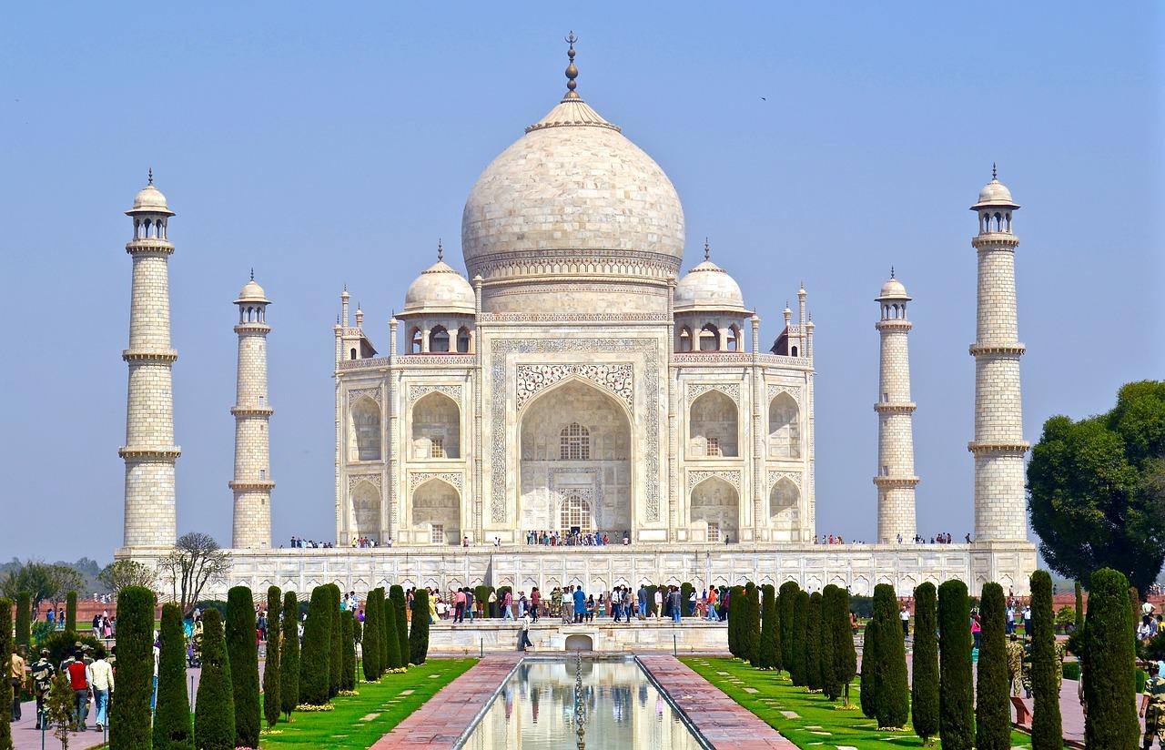 spending-day-agra-india