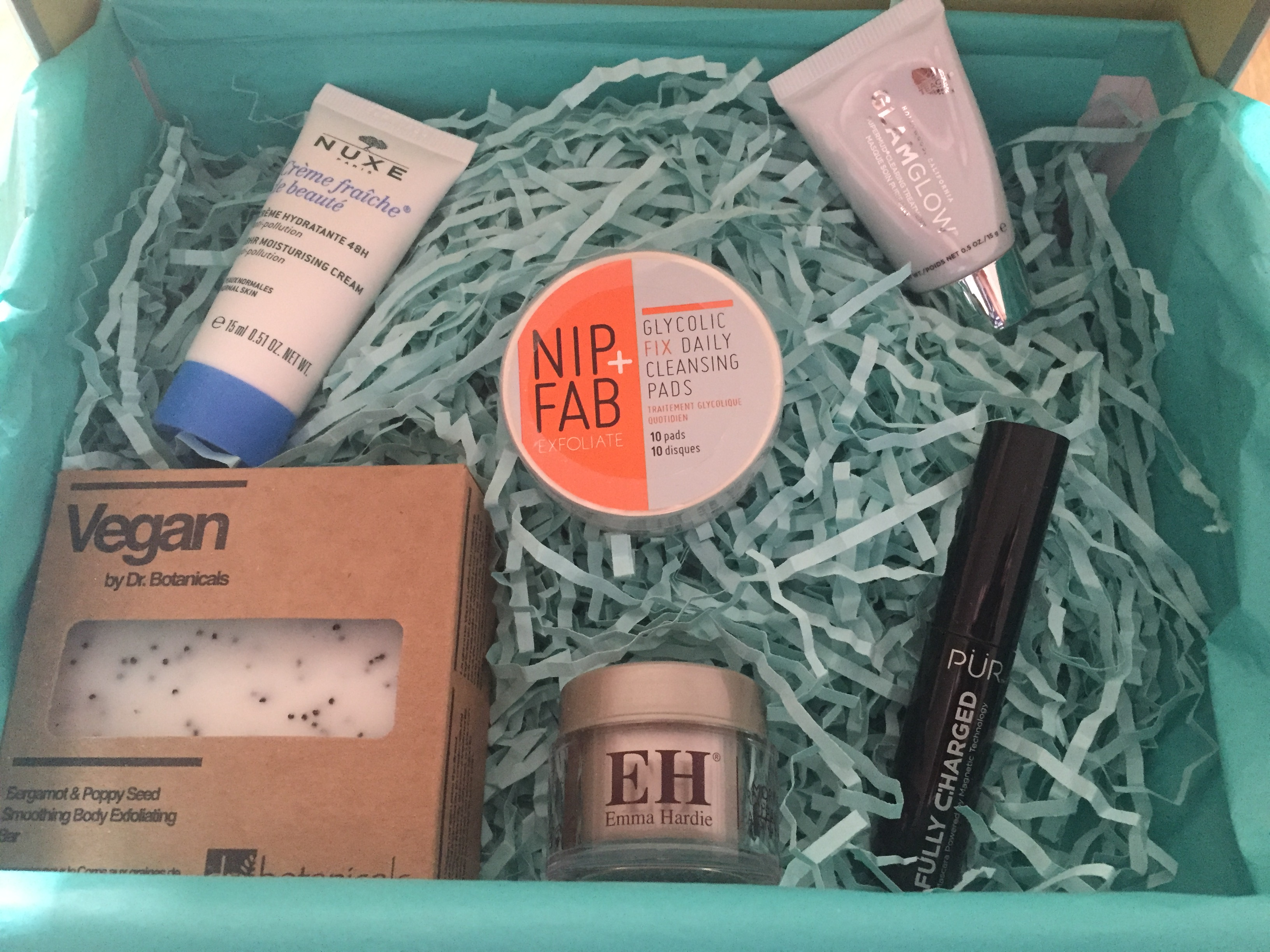 look-fantastic-april-beauty-awakening-box