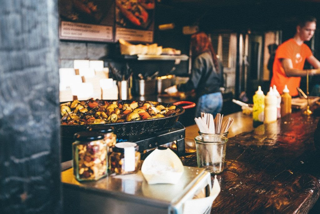 hot-travel-food-trends-2018