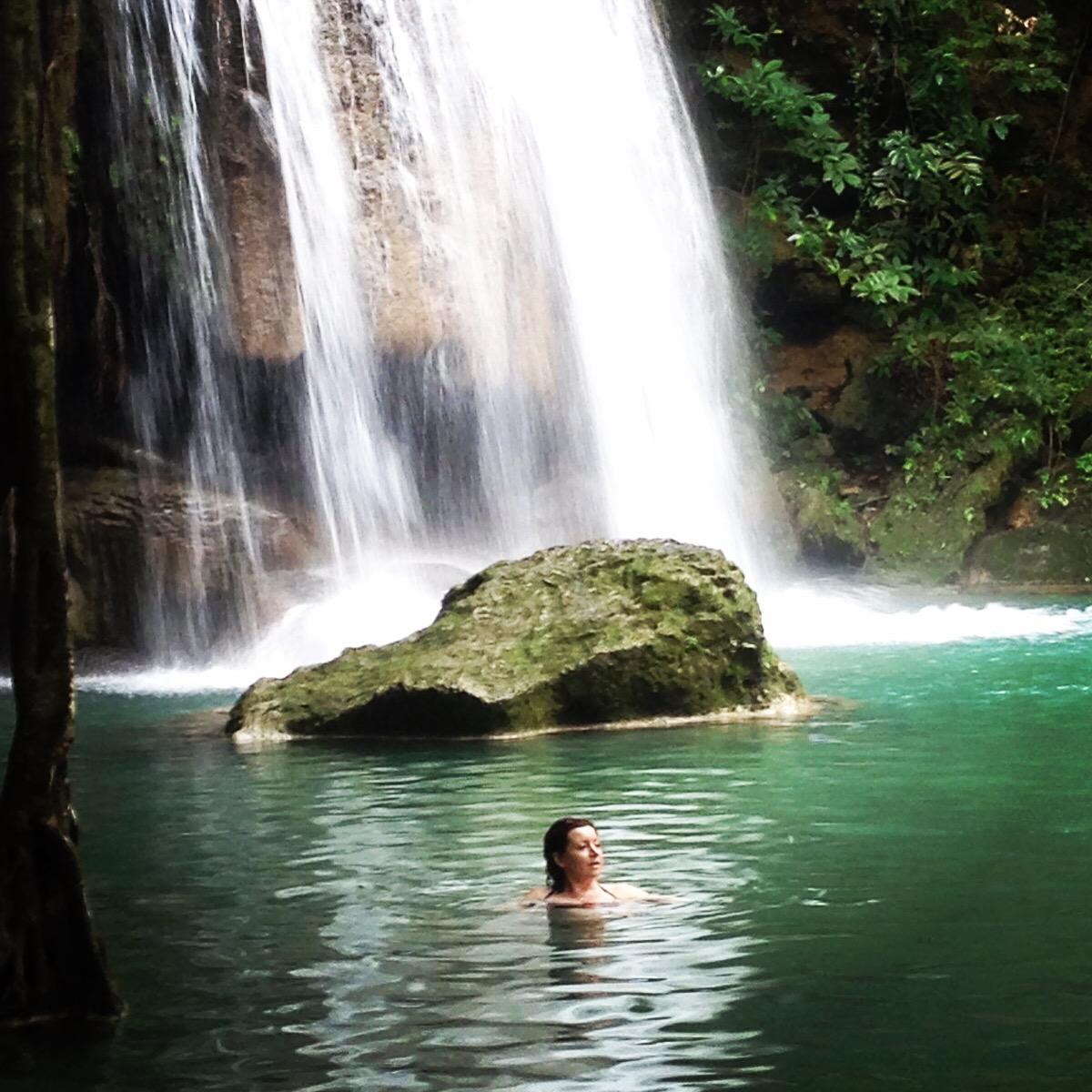 hiking-swimming-erewan-falls-thailand