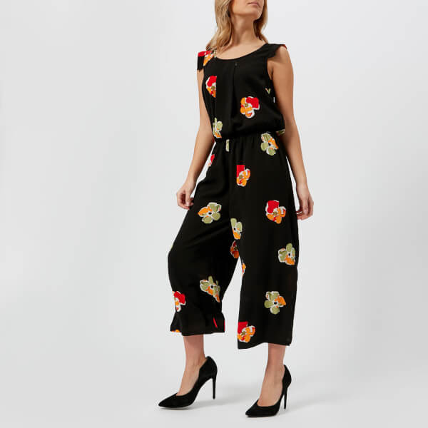 floral-black-trend-autumn